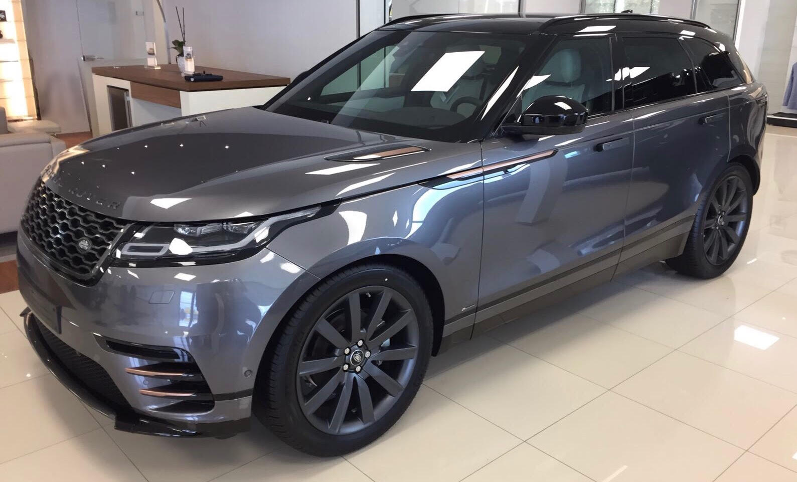 range rover velar velar r dynamic se d240 sogeco consulting. Black Bedroom Furniture Sets. Home Design Ideas